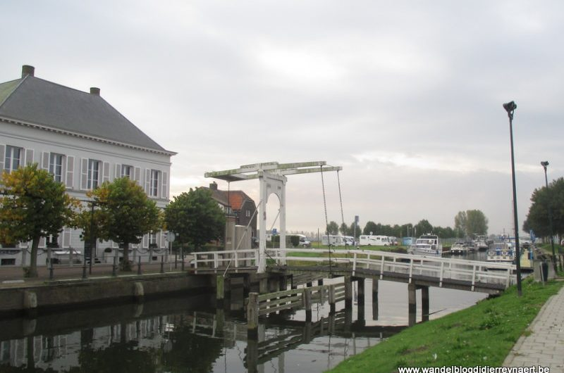 11 oktober 2014 : Sas van Gent – Zuiddorpe (GR5A Noord) (22 km)