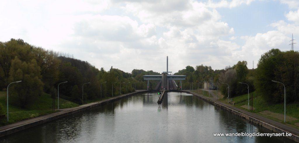 Hellend vlak van Ronquières