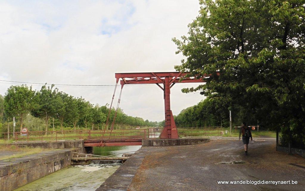 ophaalbrug in Bernissart