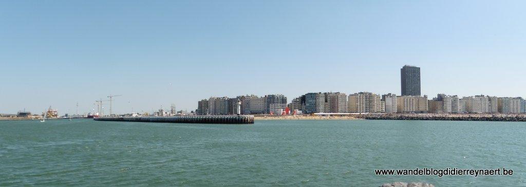Oostende vanaf de Westelijke strekdam