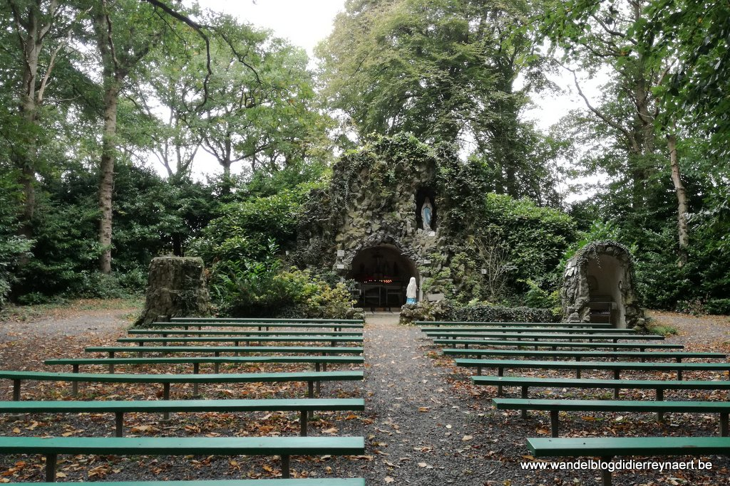 Lourdesgrot bij de abdij Sint-Sixtus