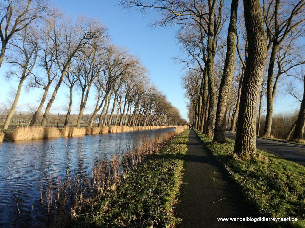 de Damse Vaart tussen Damme en Sluis