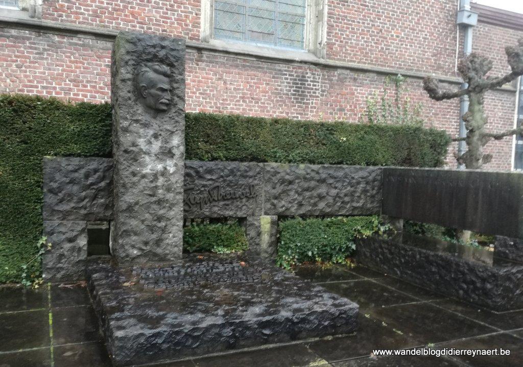 grafmonument Stijn Streuvels
