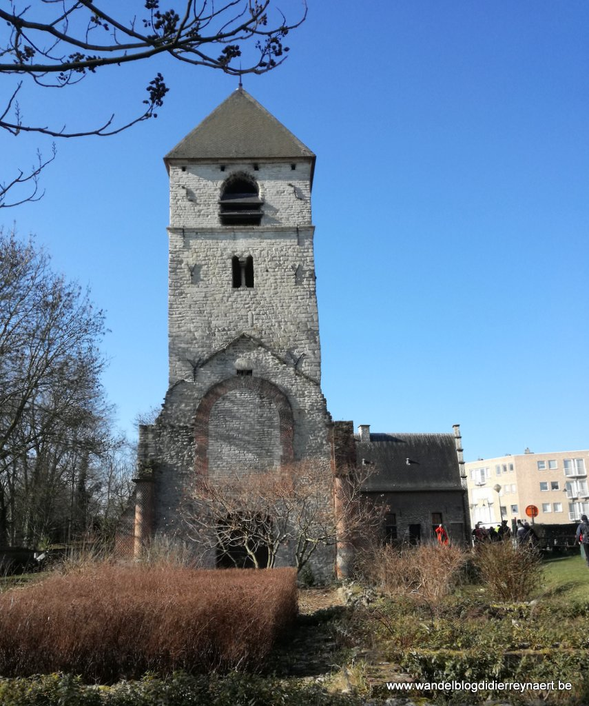 Romaanse toren bij het Meudonpark Neder-over-Heembeek