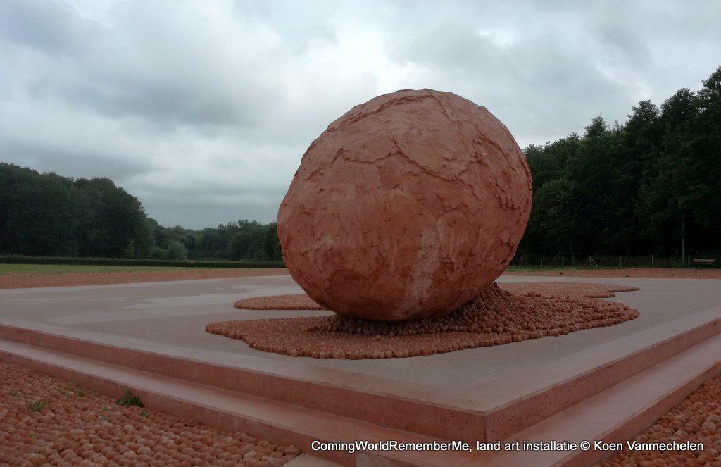 ComingWorldRememberMe land art installatie Koen Vanmechelen