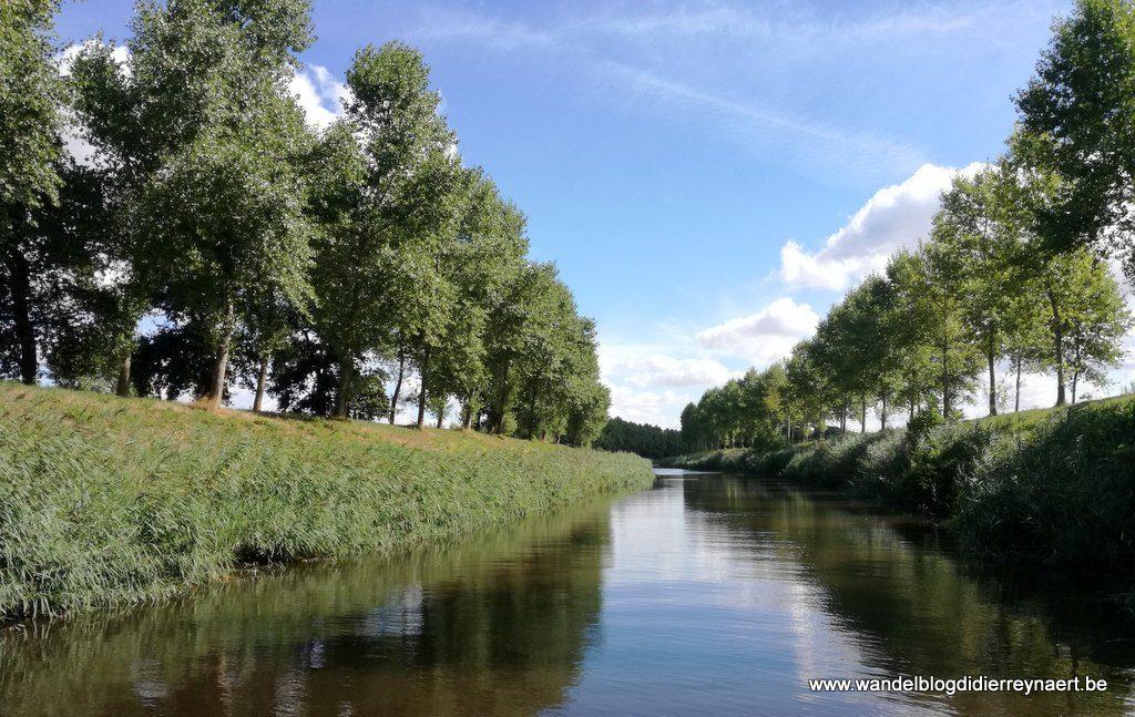 Leopoldkanaal in Sint-Laureins