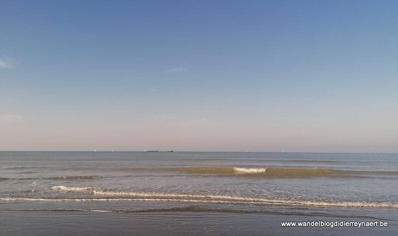Ijzermonding, strand en polders vanuit Westende (7 november 2020)